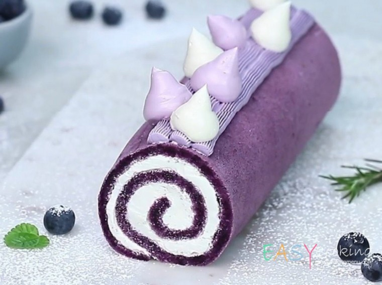 Sweet cream cake roll